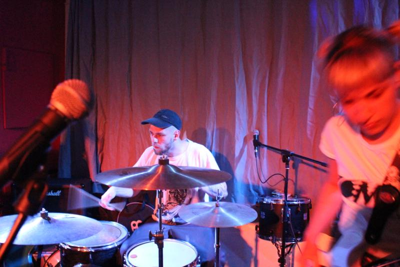 Der Dutts-Drummer macht den Anfang