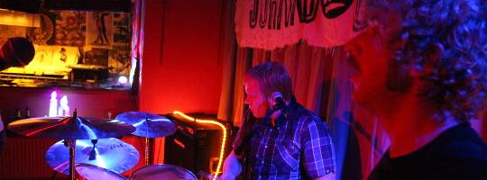 Johnny Wolga treten in der Emma 23 in Heilbronn auf