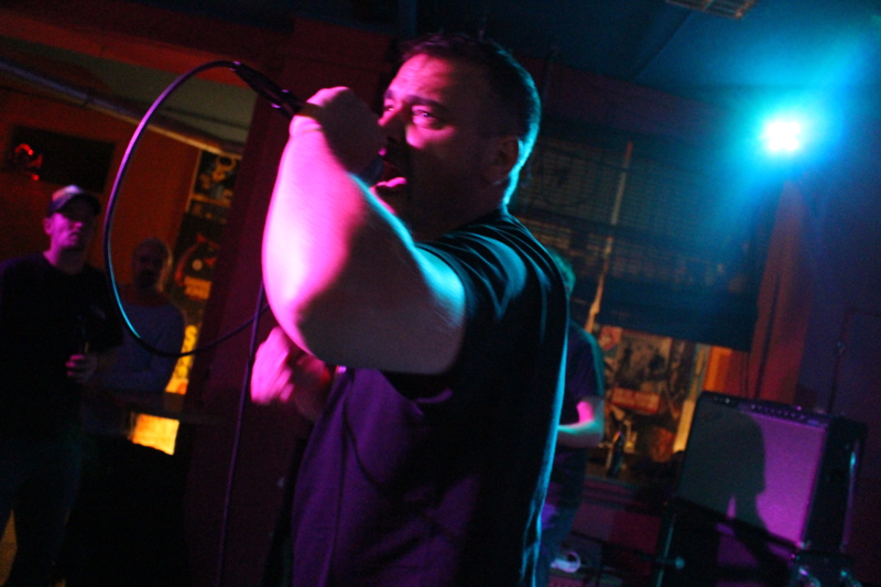 Sänger Tobi in Aktion
