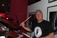Wer stört den Drummer? Ach, ScharpingPershing.